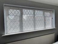wood venetian blinds11